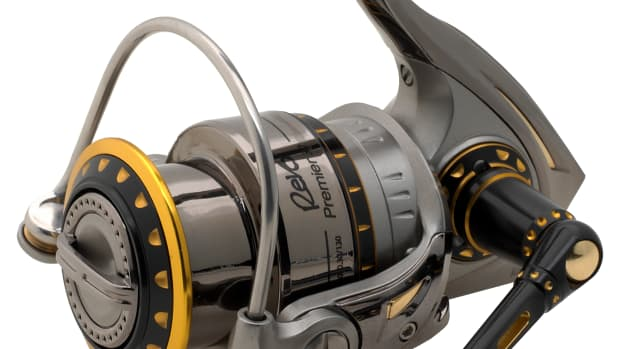 how-to-properly-spool-a-spinning-reel-prevent-line-twists