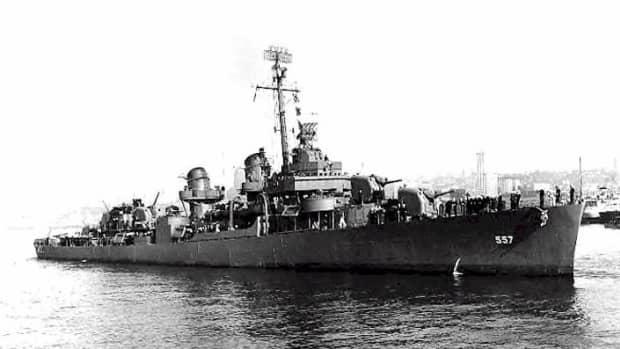 world-war-2-history-destroyer-uss-johnston-attacks-battleships-and-cruisers
