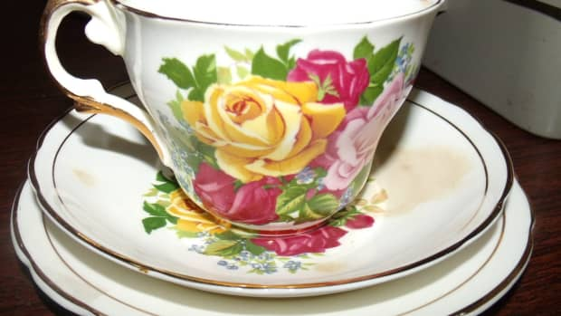 the-joys-of-identifying-your-antique-glassware