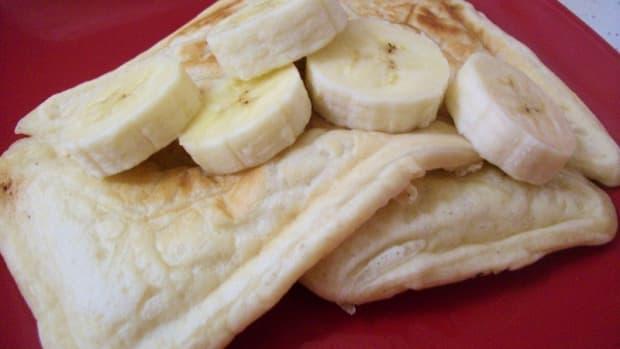 making-pancakes-in-a-sandwich-maker-video-tutorial