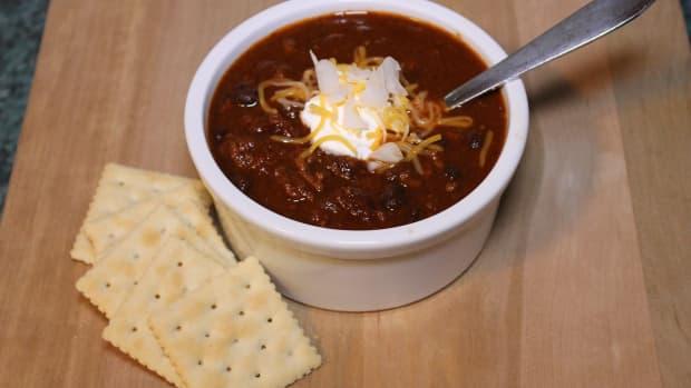 vegetarian-chili-with-mushrooms