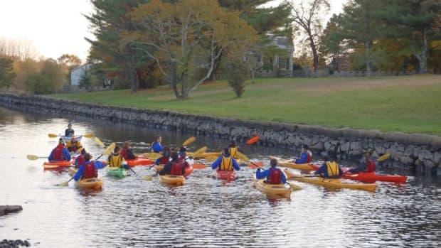 kayaking-on-the-westport-river-summer-paddling
