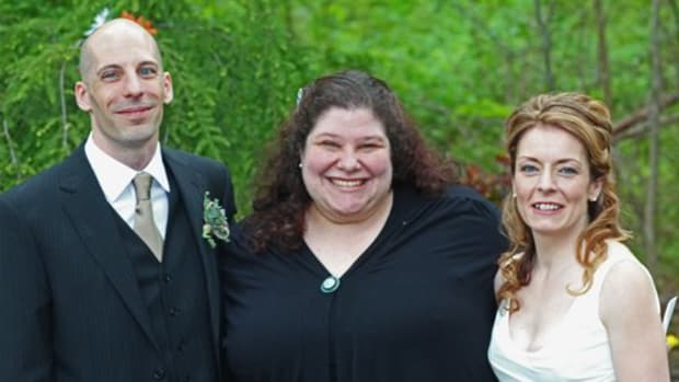 meeting-your-wedding-officiant-what-to-expect