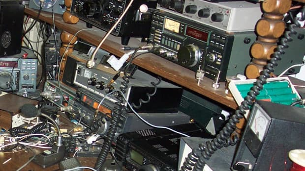 the-advantages-and-disadvantages-of-uhf-radios