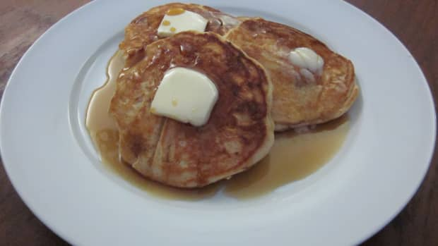 apple-and-oat-pancakes