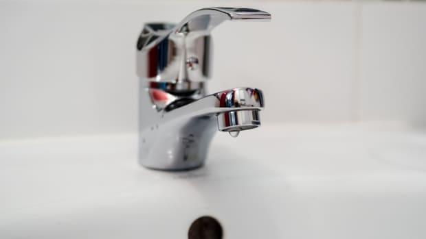 water-bills-saving-money