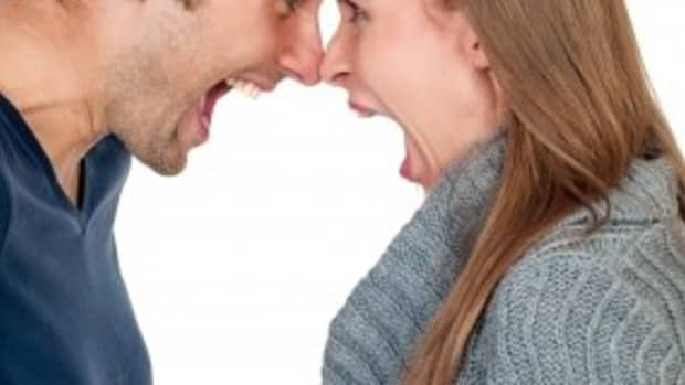 how-to-give-your-boyfriend-space-in-your-relationship-tips-for-worried-girlfriends