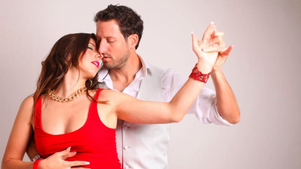 how-to-date-and-have-a-successful-relationship-as-a-couple-who-dances-together