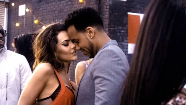 most-sexy-bachata-songs-to-listen-and-dance-to-with-links-to-youtube-videos-included