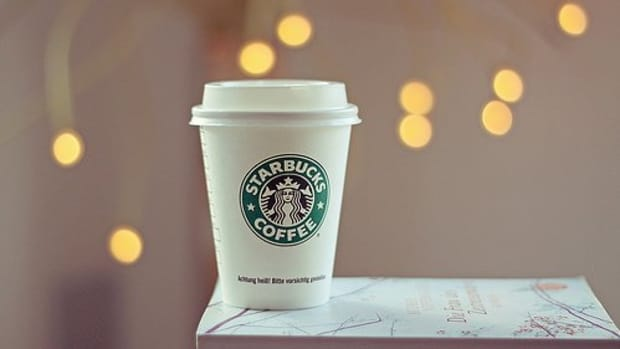 10-ways-to-cut-calories-in-your-favorite-starbucks-drink