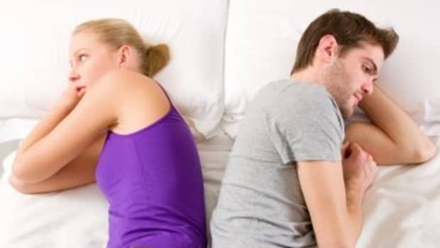 still-living-together-with-your-ex-after-breakup-how-to-live-with-your-ex-after-breaking-up