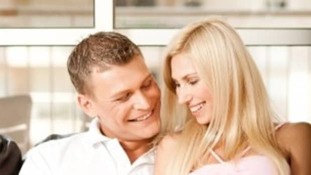 how-to-flirt-with-your-wife-romantic-ways-to-bring-back-the-flirting-in-your-marriage