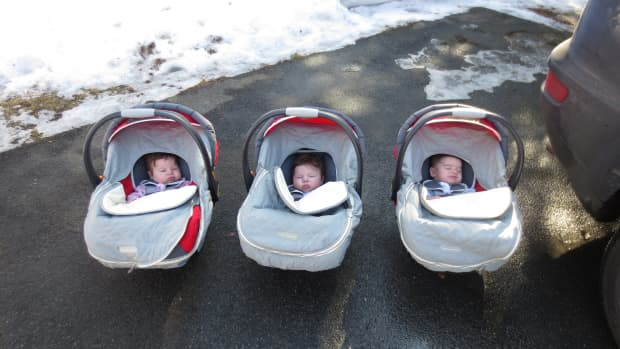 baby-registry-dos-and-donts-for-triplets