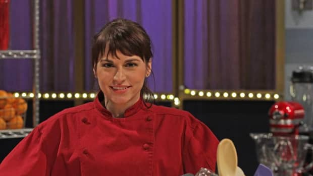 the-most-gorgeous-waitresses-in-gordon-ramsays-kitchen-nightmares