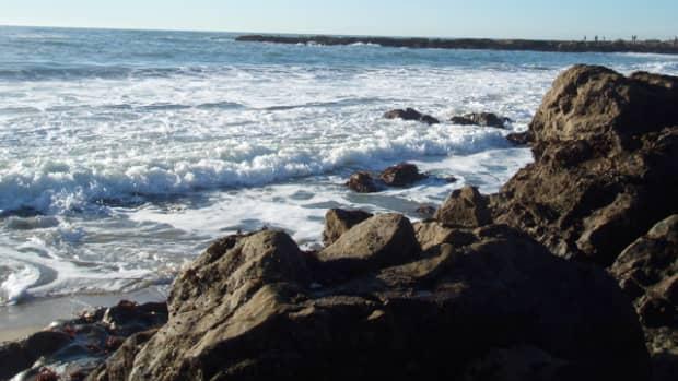 real-mermaid-life-in-the-ocean
