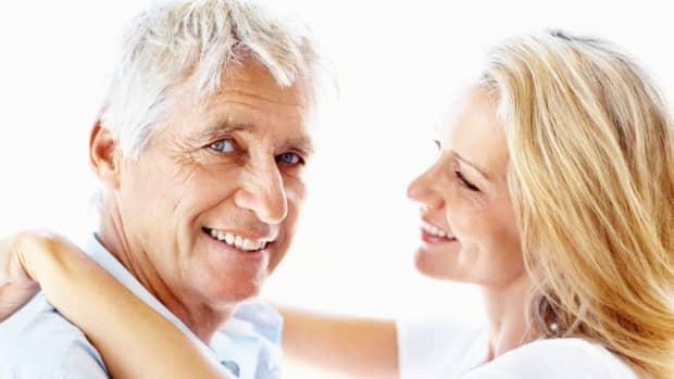 5-reasons-older-men-prefer-younger-women