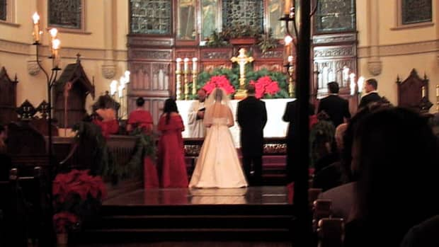 best-wedding-exit-recessional-songs