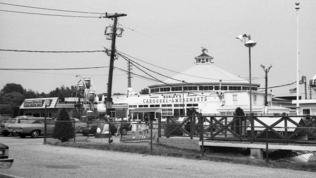 there-was-once-an-amusement-park-here-part-ii-new-york-citys-lost-50s-era-amusement-parks