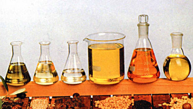 best-carrier-oils-for-homemade-perfumes-recipes-and-homemade-aromatherapy-recipes