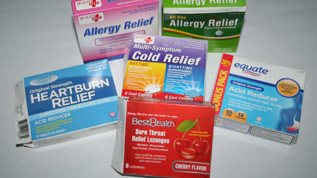 5-generic-walmart-medications-every-medicine-cabinet-should-have-on-hand