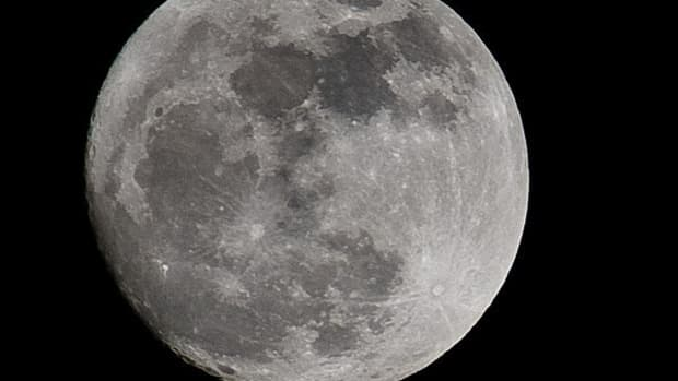 top-ten-interesting-and-fun-facts-about-the-moon