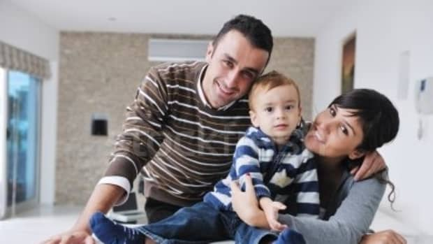 housewarming-gift-ideas-for-couples-with-children