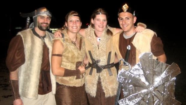 how-to-make-homemade-viking-costumes-for-halloween