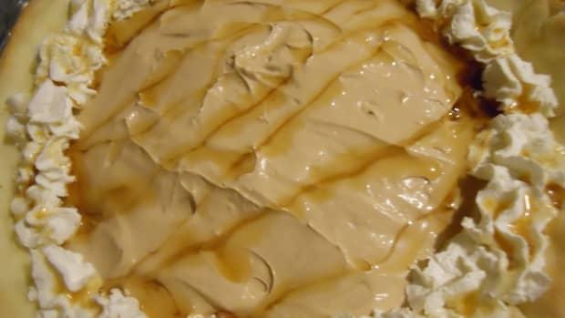 maple-walnut-cream-cheese-pie