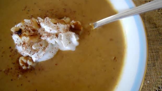 walnut-pumpkin-soup