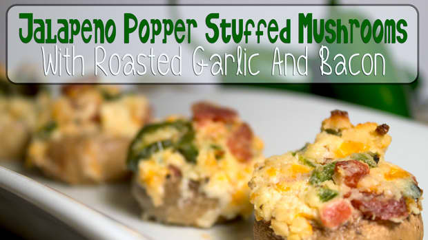 jalapeno-popper-stuffed-mushrooms-with-roasted-garlic-and-bacon