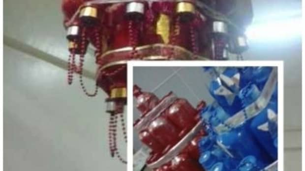christmas-decoration-ideas-from-used-hospital-items