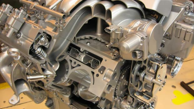 overhead-valve-ohv-vs-overhead-cam-ohc-which-engine-design-is-better