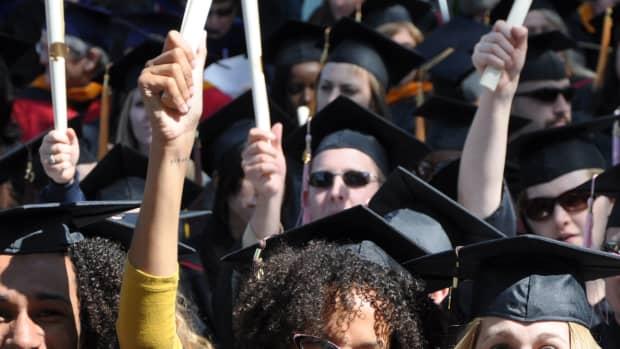 how-to-make-a-graduation-video-or-slideshow