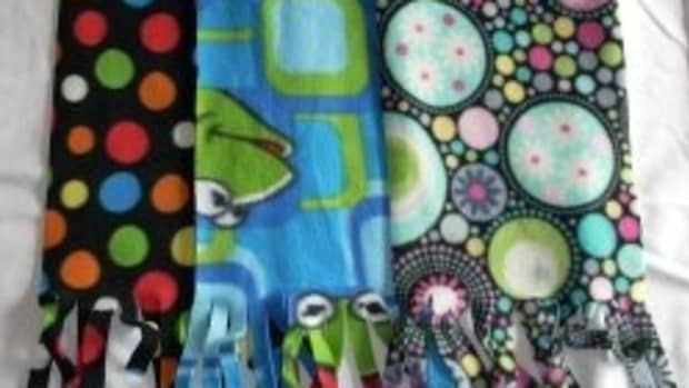 how-to-make-fleece-scarves