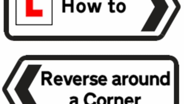 how-to-reverse-around-a-corner