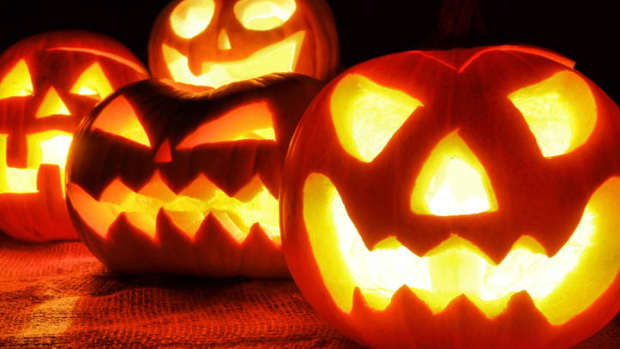 top-10-heavy-metal-halloween-songs