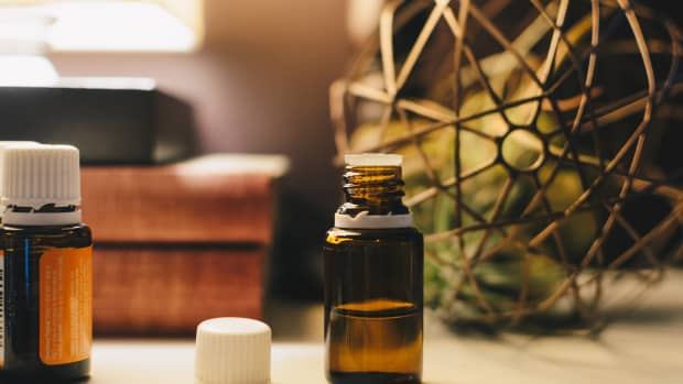 10-popular-essential-oil-combinations-and-blends