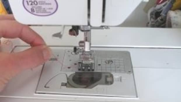 how-to-use-or-repair-an-automatic-needle-threader