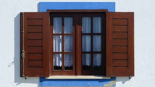 the-advantages-and-disadvantages-of-wood-windows