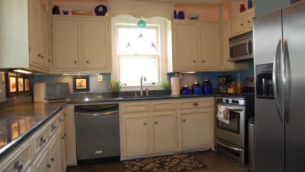how-to-clean-kitchen-cupboards