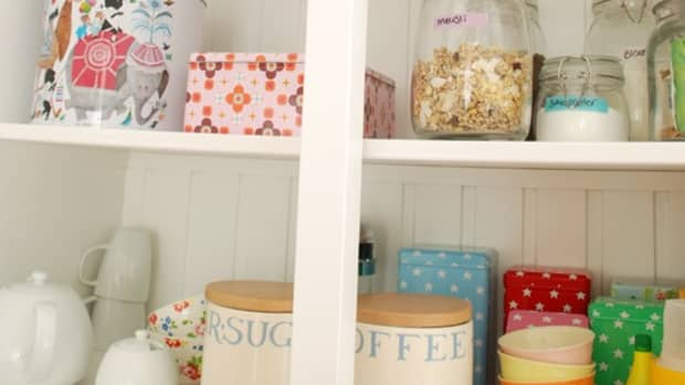 diy-13-natural-cleaning-products-from-your-pantry