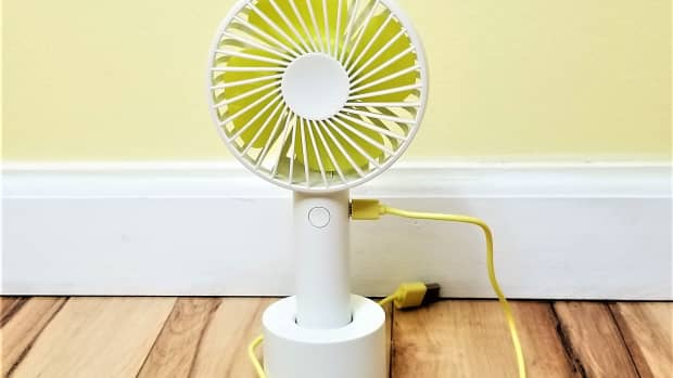 review-of-artifit-n9-mini-portable-fan-how-to-cool-off-quickly-without-power
