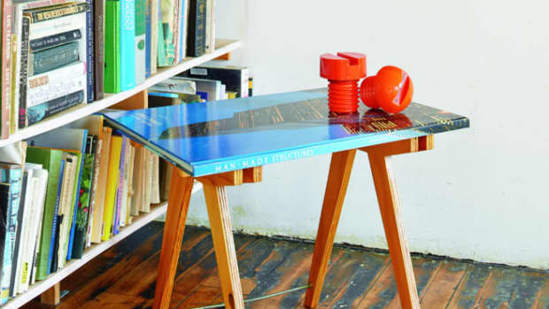 diy-coffee-table-from-books