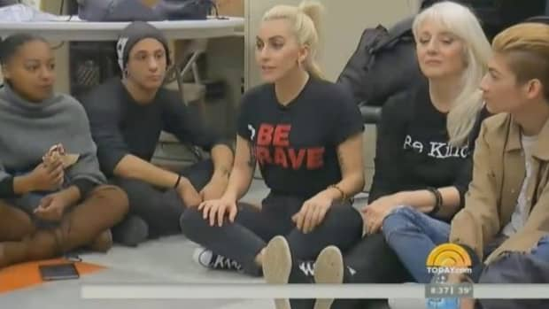 lady-gaga-admits-to-ptsd-how-many-others-suffer-in-silence