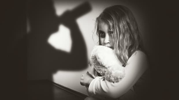 life-in-the-shadows-adult-children-of-alcholics-and-ptsd