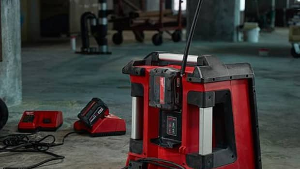 whats-the-best-construction-radio-5-job-site-boombox-reviews