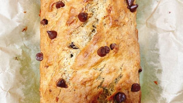 easy-homemade-moist-banana-bread