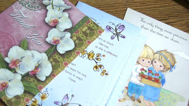 the-lost-art-of-sending-cards-ecards-vs-paper-cards
