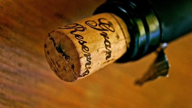 cork-or-screw-the-best-way-to-store-wine
