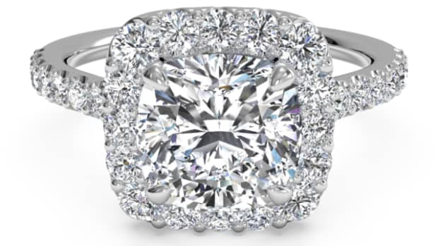 eight-reasons-to-avoid-halo-style-engagement-rings-and-three-indispensable-tips-if-you-must-have-one